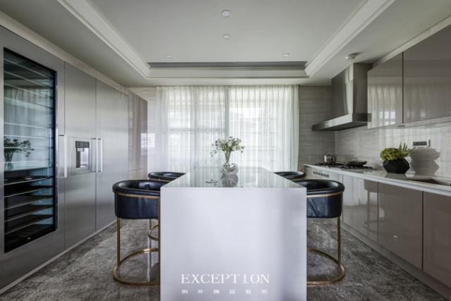 毅气风发--招商双玺豪宅软装设计全案-  【设计解读·厨房】   第8张图片
