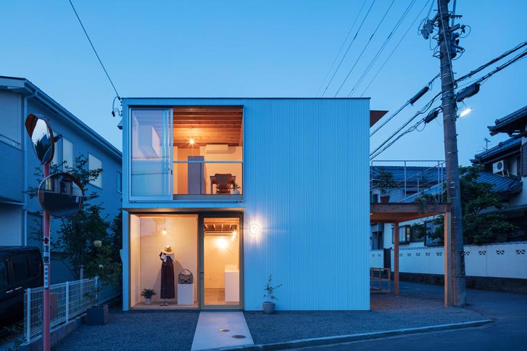 商店与起居空间谐共存gré方形住宅