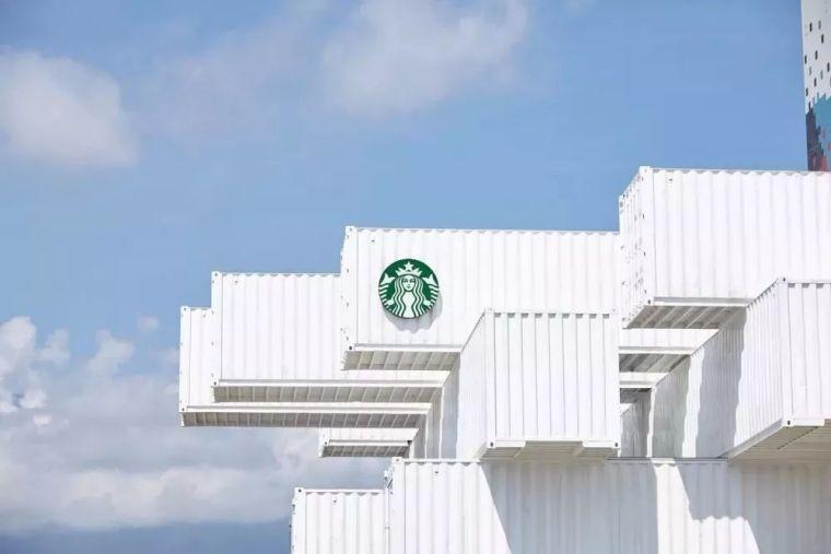 隈研吾为星巴克设计了一家新门店,是集装箱做的