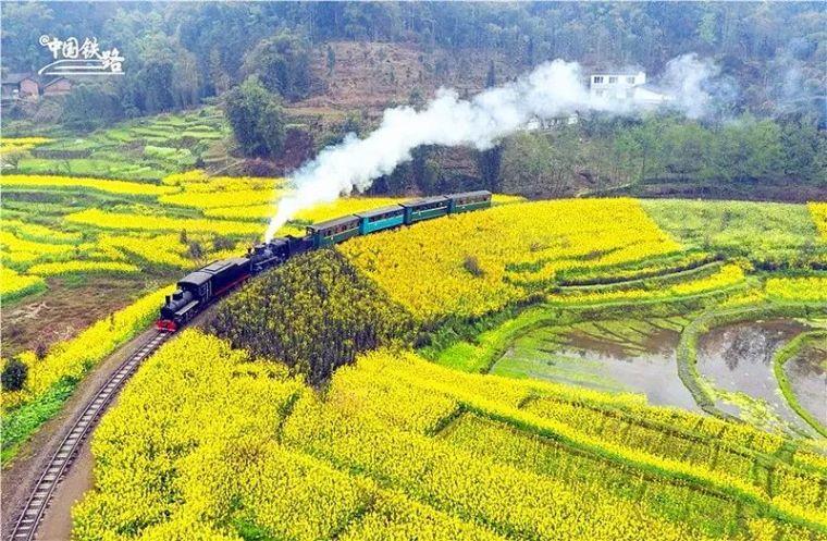 一票难求!这趟蒸汽小火车堪称全球绝版