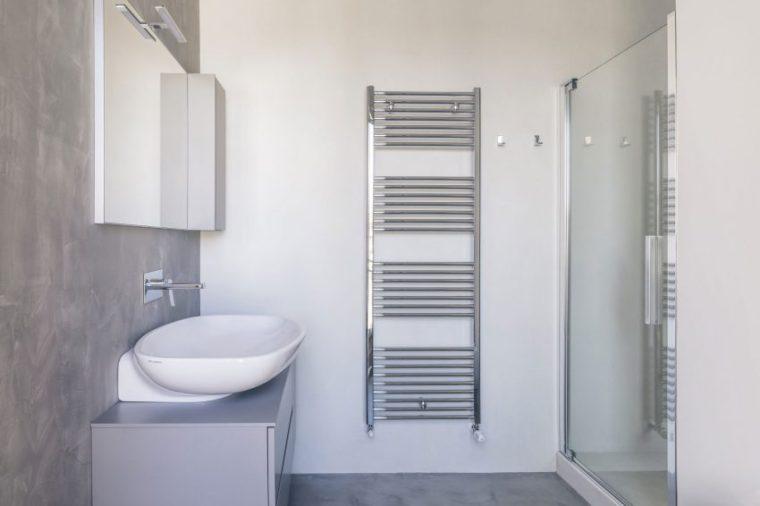 米兰:简洁淡雅的现代公寓_14