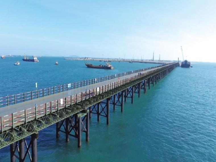 路桥桩基施工方案资料下载-钢栈桥及桩基平台施工方案(10页)