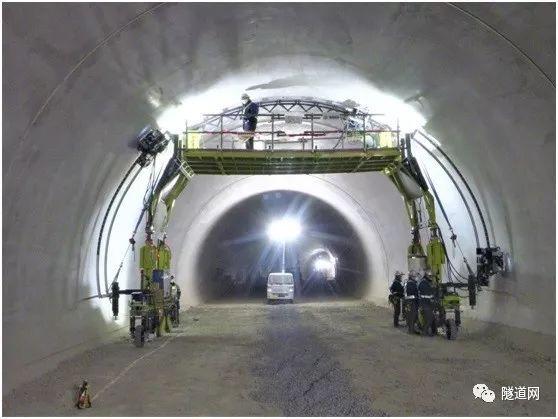 日本东急建设等多家单位联合开发运行中隧道全断面检测系统