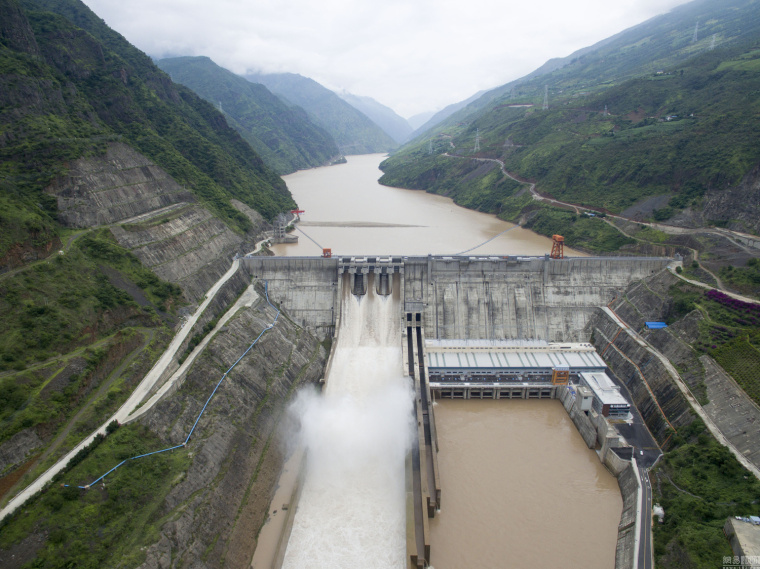 航拍金沙江世界级水电工程,形成水库群_2