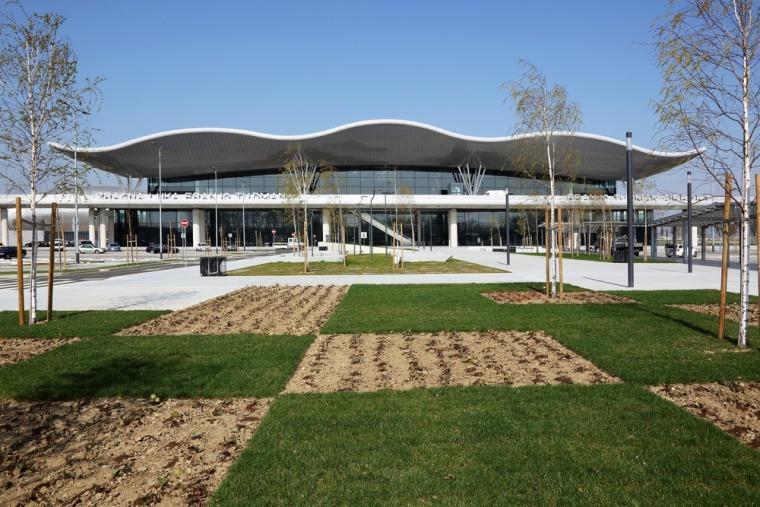 克罗地亚札格瑞布机场新航站楼