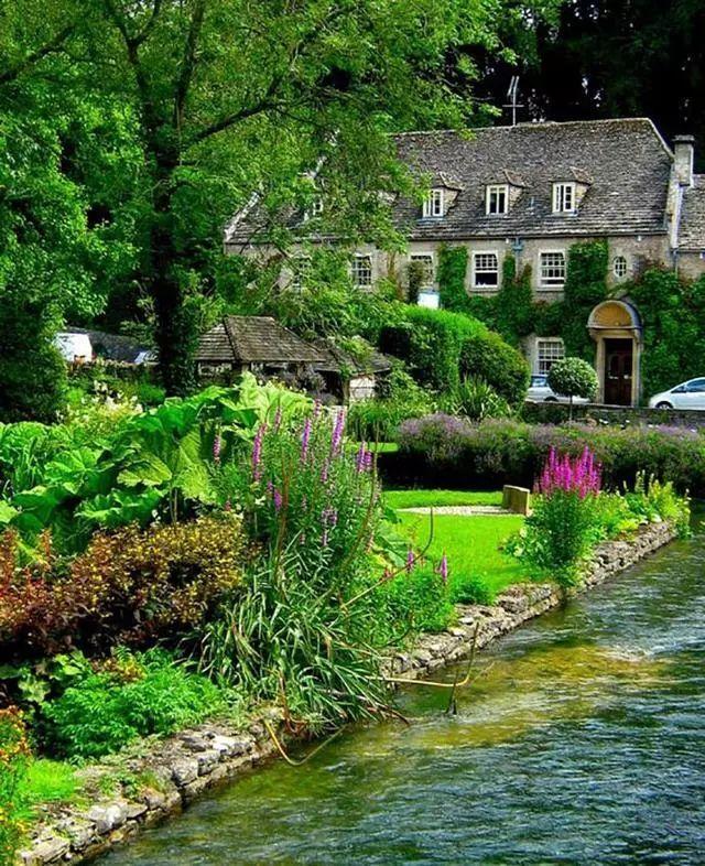 世界上最美的7个鲜花小镇子,这辈子一定要去一次!_27