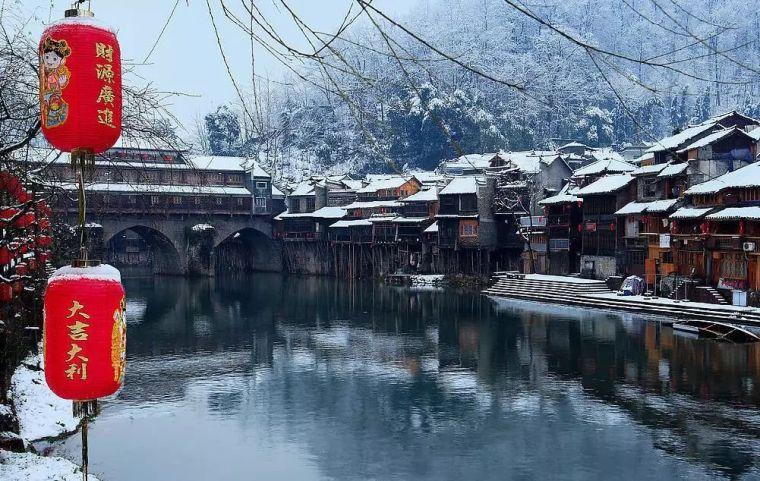 当最美的古镇下了雪,简直惊艳了整个冬天_16