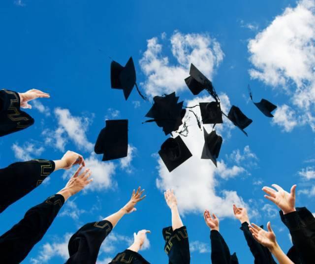 土木毕业10年内考证全攻略,走好职业规划每一步!
