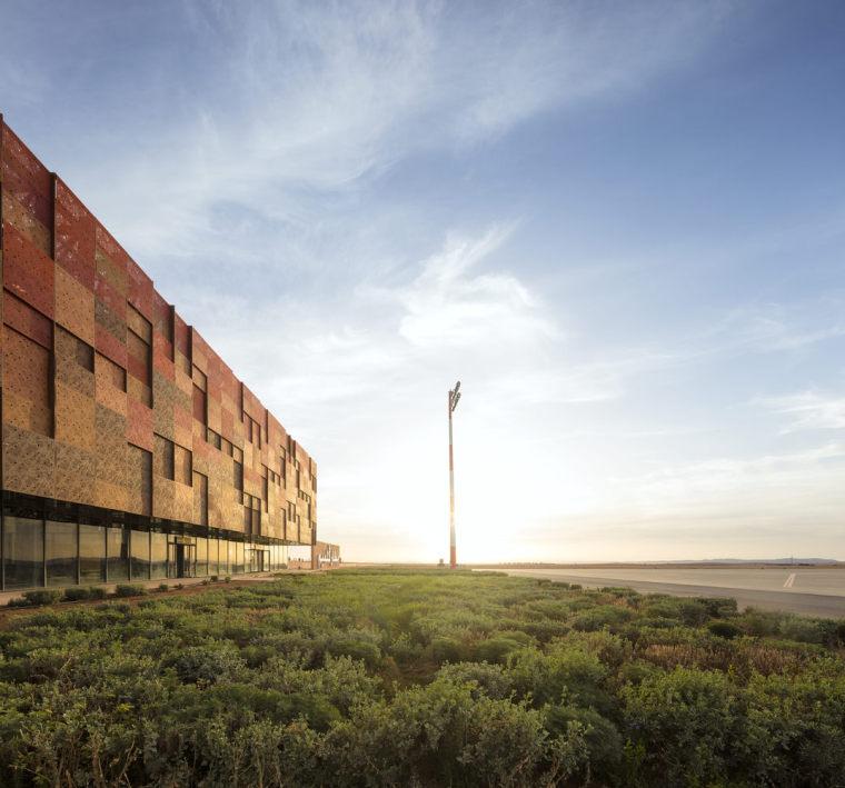 摩洛哥可拓展性盖勒敏机场外部实景图 (6)