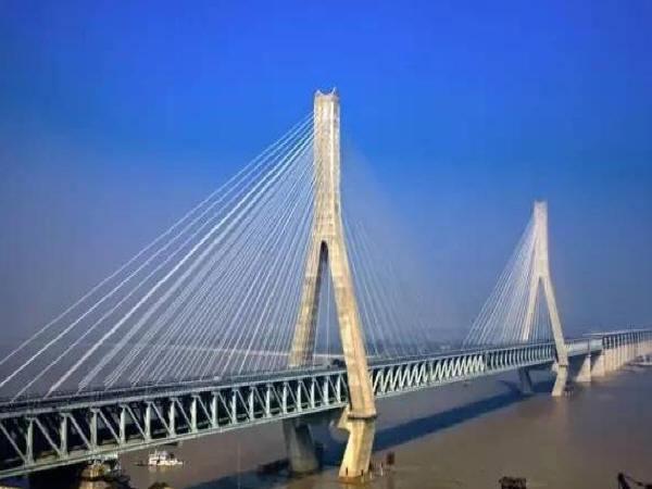 桥梁养护— —索桥的养护