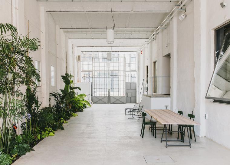 仓库建筑的古典风格Montoya办公楼-14