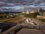 加拿大国家大屠杀纪念碑:混凝土六角星的永恒记忆