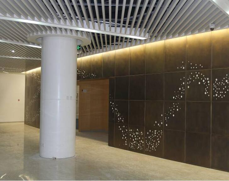 室内氧化铜板墙施工工法