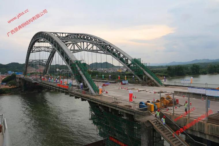 """钢结构桥梁加工新技术,六景大桥 """"置换法""""施工"""