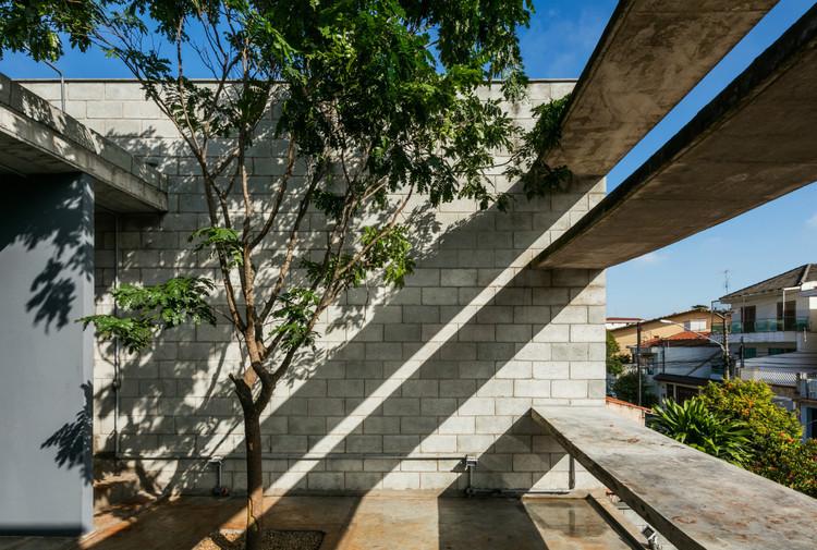 建筑中的混凝土块:如何使用这些低成本材料?_7