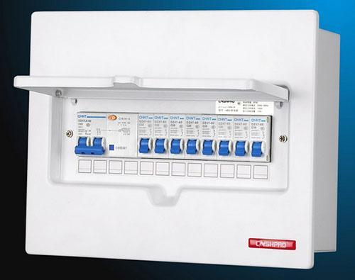讨论:家用配电箱总闸应该配漏保还是空开