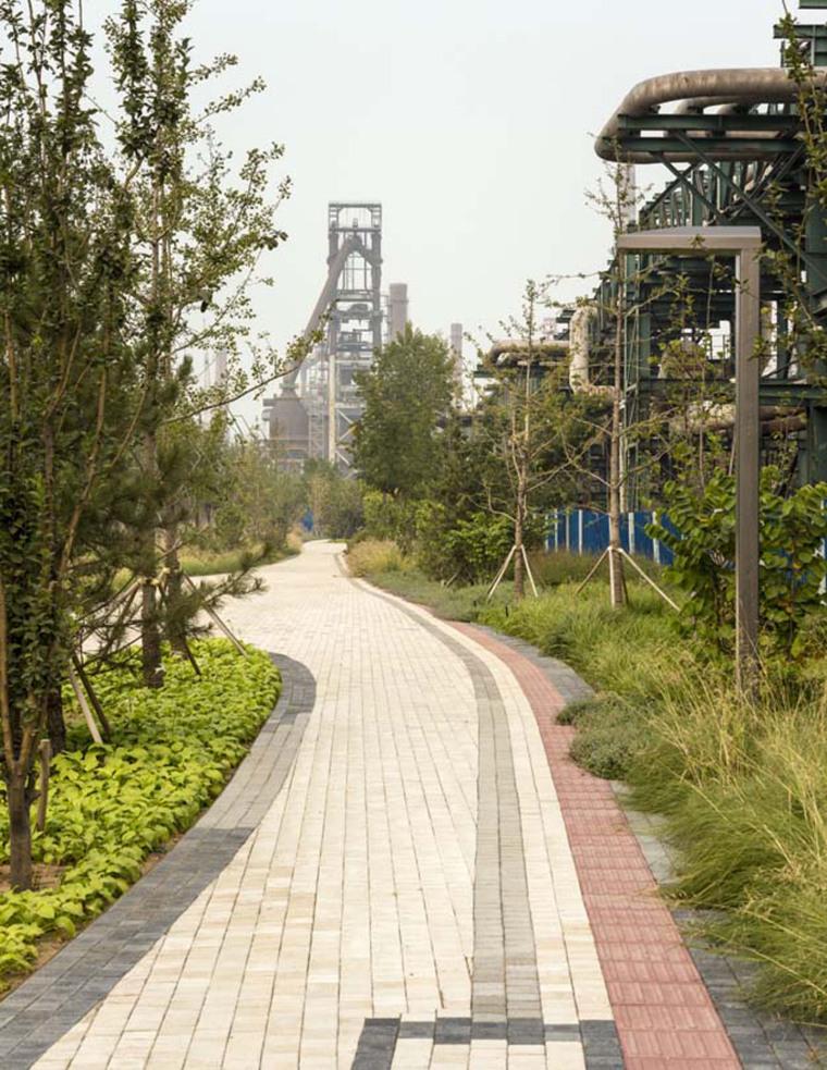 北京首钢晾水池东路景观-12