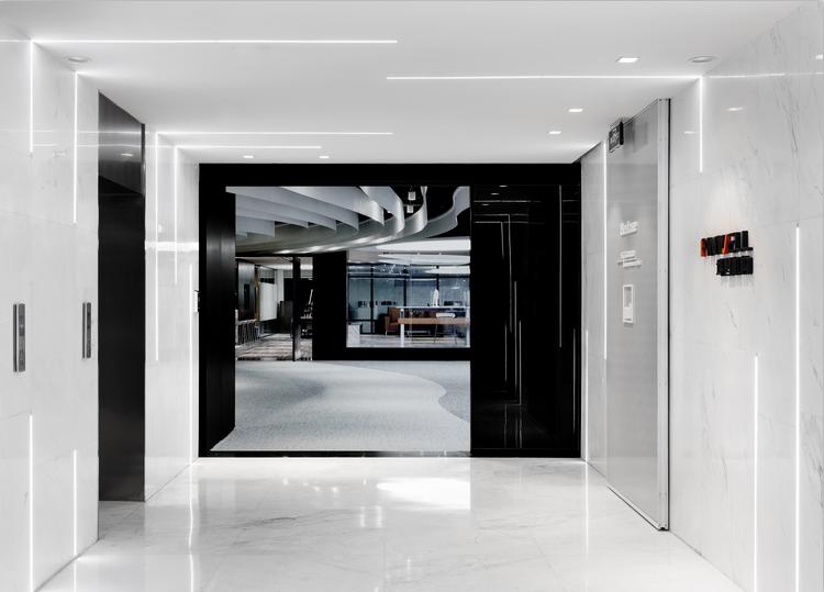 变奏曲-复合空间的多维想象——武汉创意办公室展厅