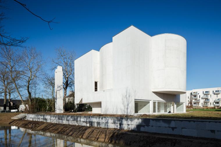 Saint-Jacques-de-la-Lande教堂(法国)