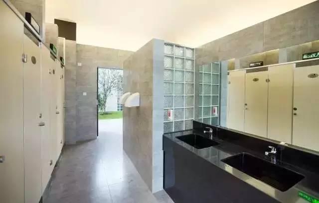 Isemachi公共厕所资料下载-《城市公共厕所设计标准》