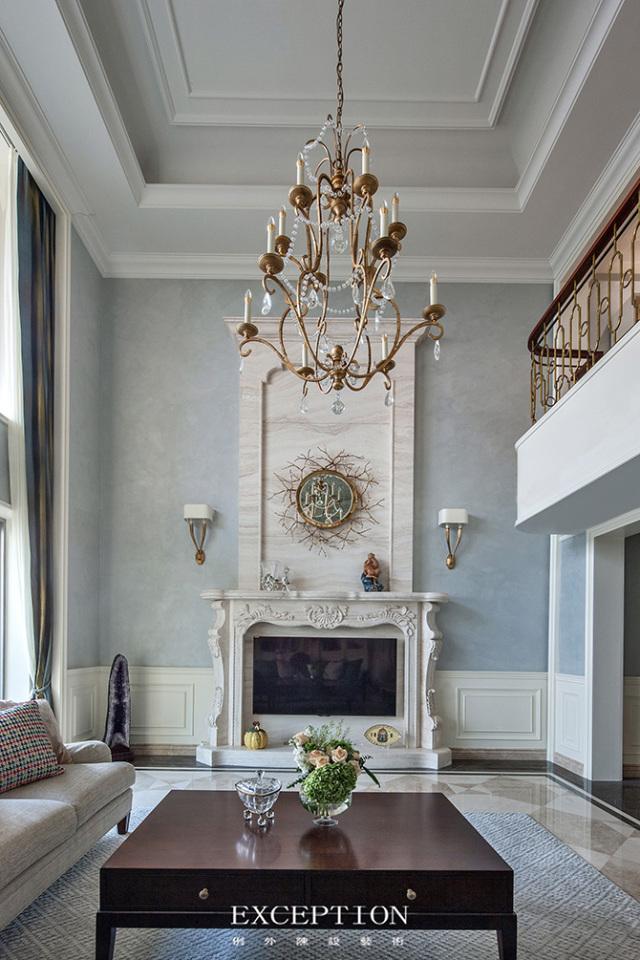 燕尔臻邸--深圳鲸山觐海复式软装设计-  「设计解读.客厅」   第5张图片