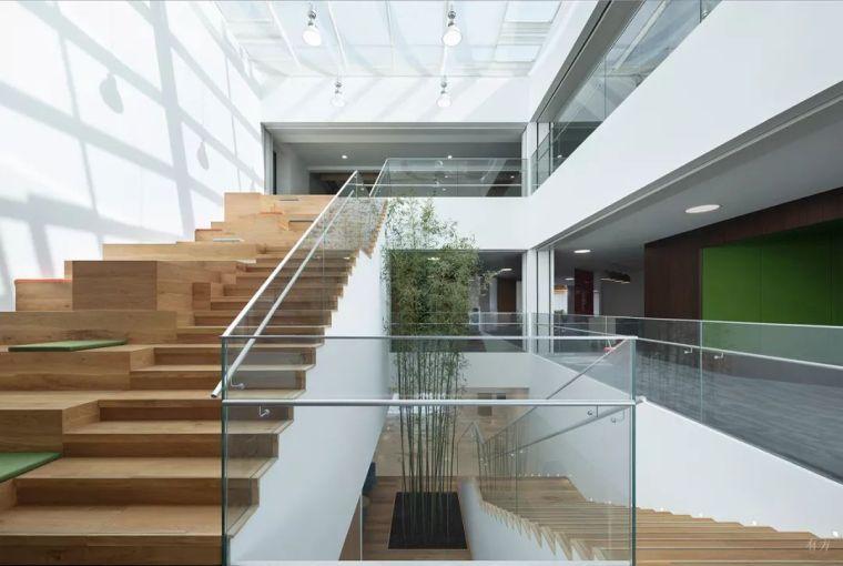 新作|老建筑里的办公空间再生/C+Architects