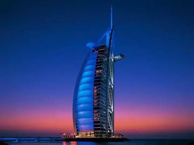 #每日毒评#世界上海拔最低的酒店_13