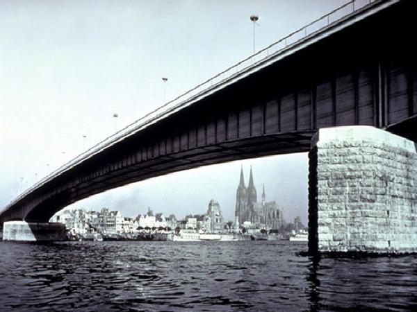 桥梁桥墩分类及施工方法总结(PPT-128页)