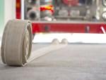 火灾时,消防设备持续供电时间是多少?