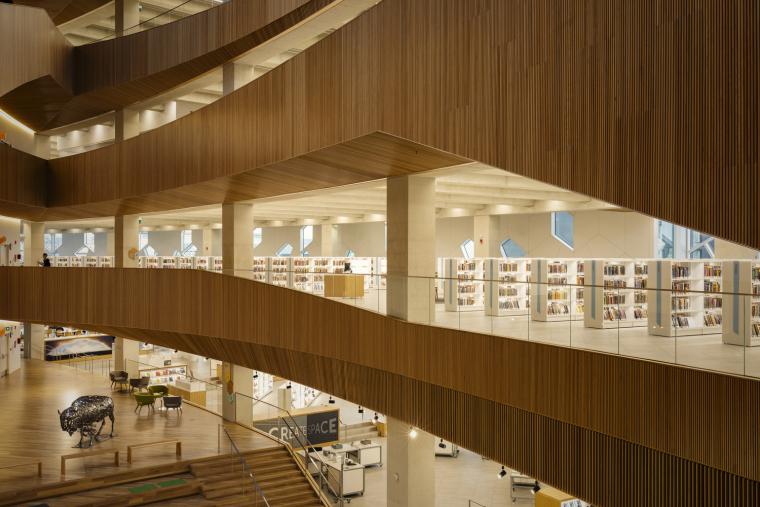 加拿大卡尔加里中央图书馆-5