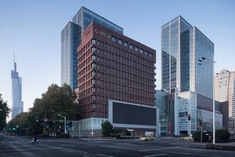 南京凤凰广场改造 / 南京邦建都市建筑设计事务所