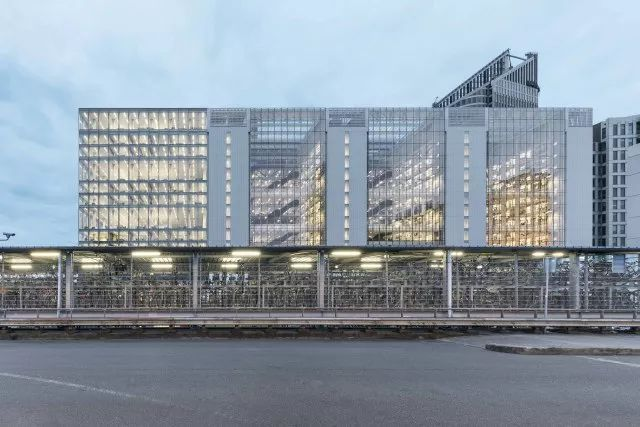 Rijnstraat 8 办公大楼│OMA建筑事务所