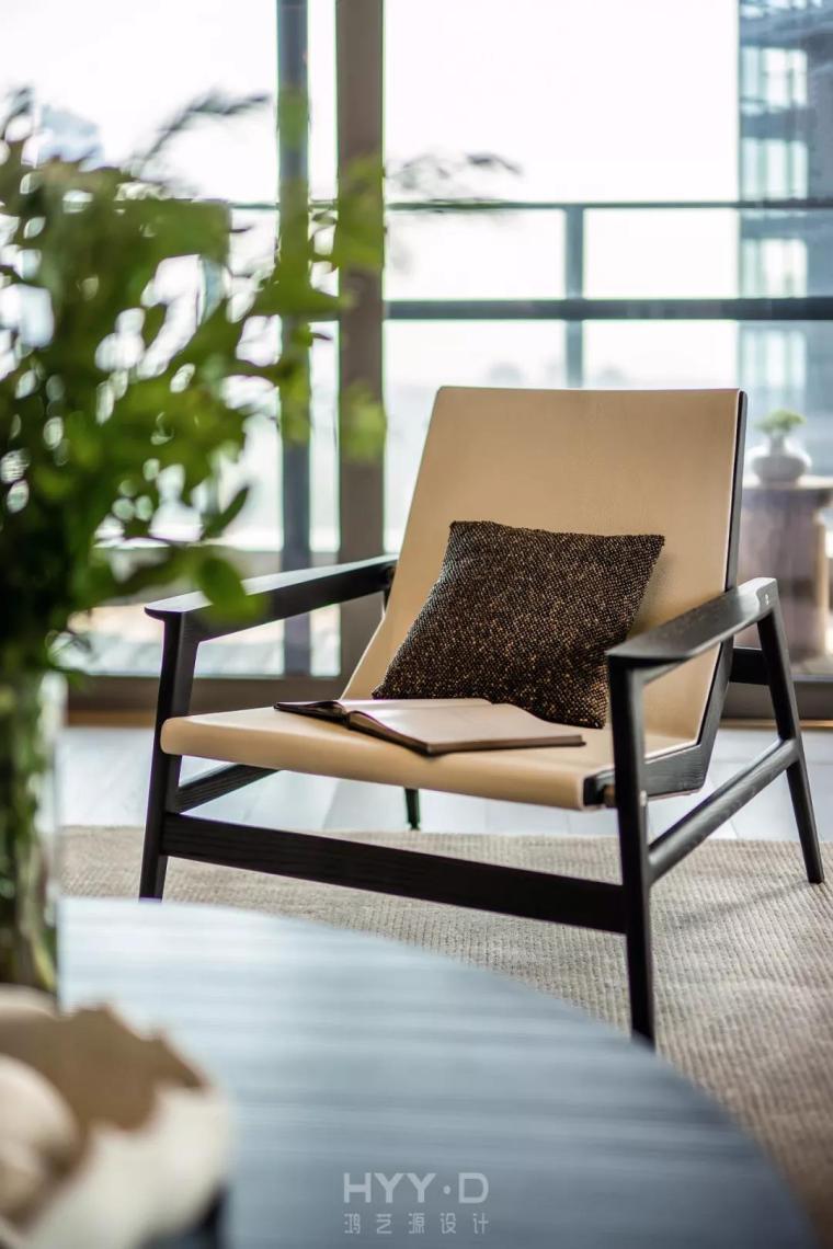 新天鹅堡私宅设计|绝美轻奢新中式:一杯清茶,共待流年