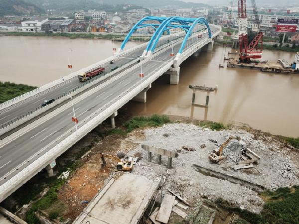 [温州]大桥改造工程防撞墩施工方案