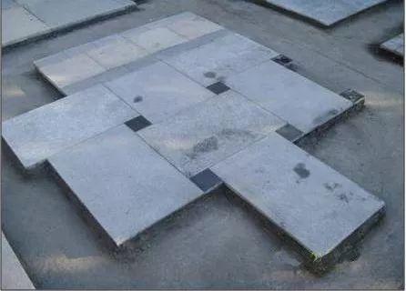 景观地面石材铺装前该如何排版?
