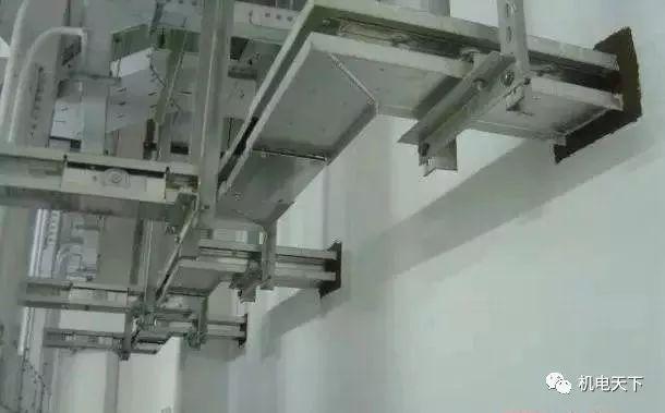 施工很规范,标识牌清楚,一个好的机电安装施工做法!