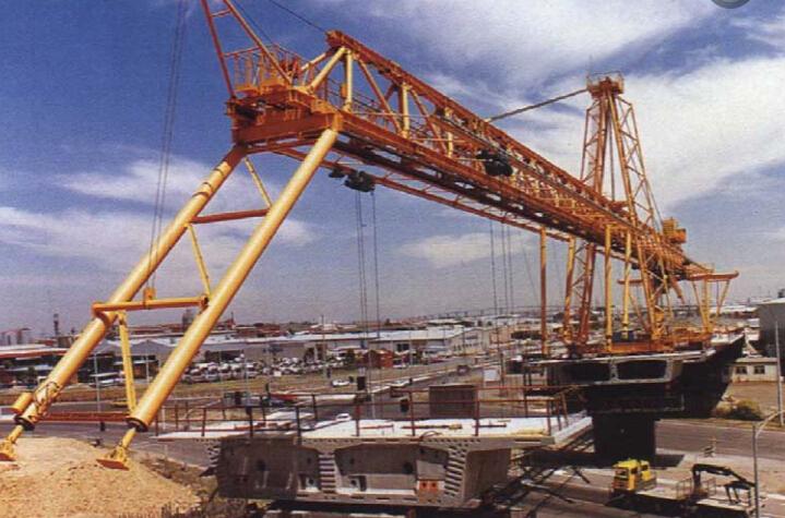 节段式体外预应力混凝土桥梁设计与施工技术讲义182页_7
