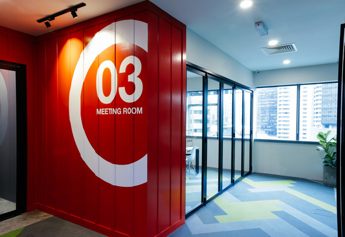INTERISLAND现代风格办公室室内实景图 (1)
