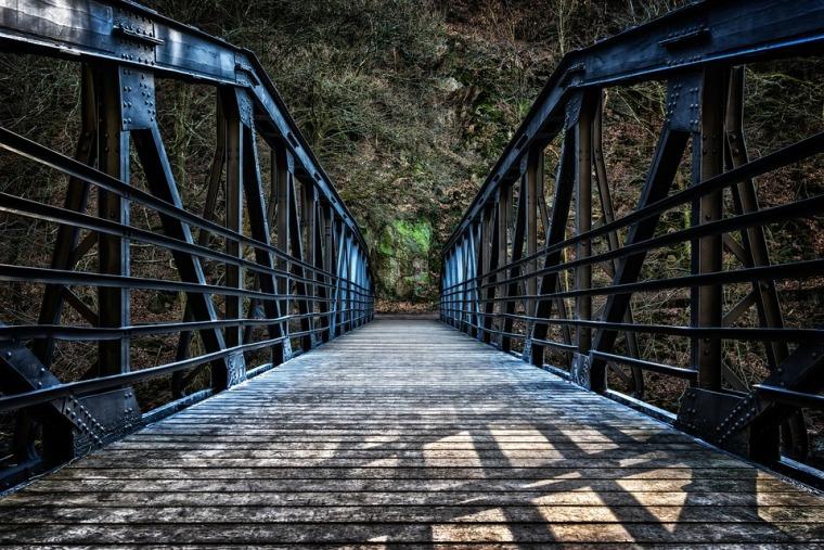 bridge-3181356_960_720