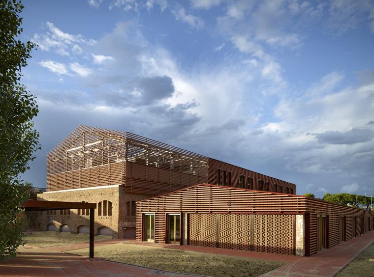 意大利砖厂改造建筑