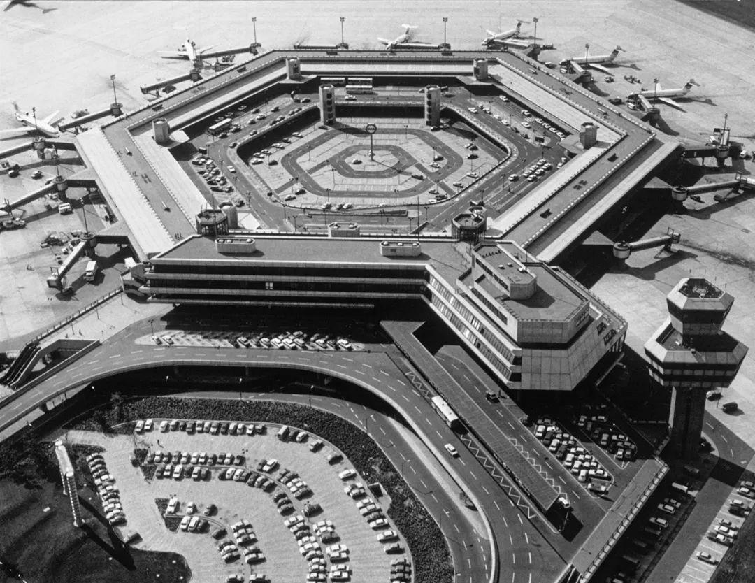 建筑遗产|柏林泰格尔机场列入文物保护建筑清单_1