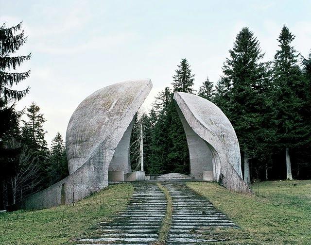 南斯拉夫被遗忘的纪念碑