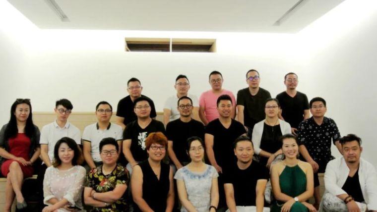 我司总监刘斌先生受邀参加2016香港·深圳设计文化交流之旅-574336510120802842.jpg