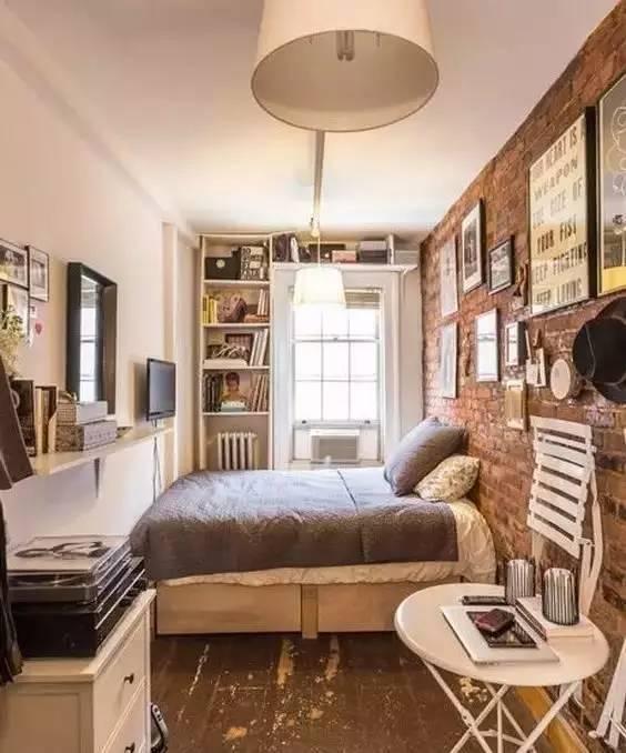 超小卧室这样布置设计,再也不会显得杂乱拥挤了!