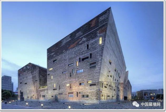 """""""瓦爿墙""""颠覆建筑美学,宁波博物馆惊为天人"""