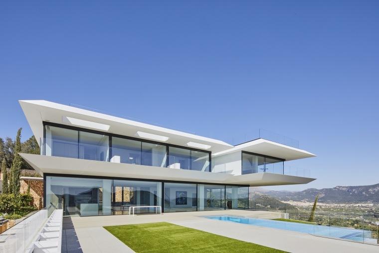 西班牙悬空住宅