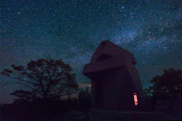 星空争夺战:美国新罕布什尔州Gemma私人天文台_2