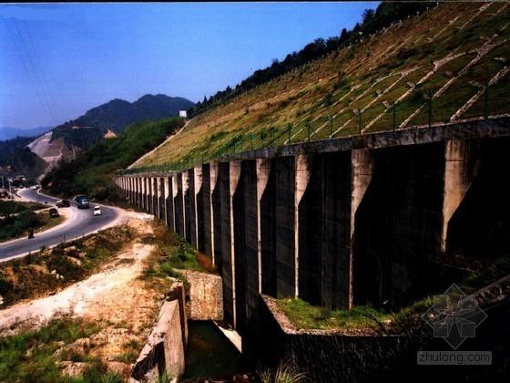 高速公路工程实施性施工组织设计(桥涵隧道路基)