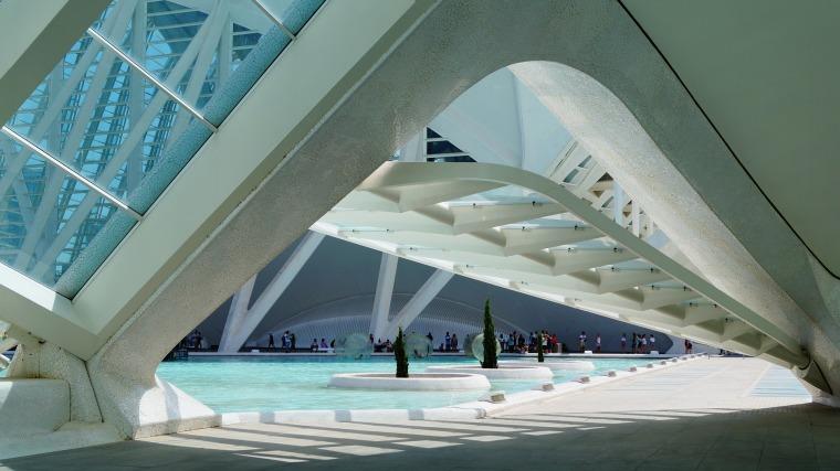5400平米框架结构永达写字楼毕业设计(含计算书、设计图)
