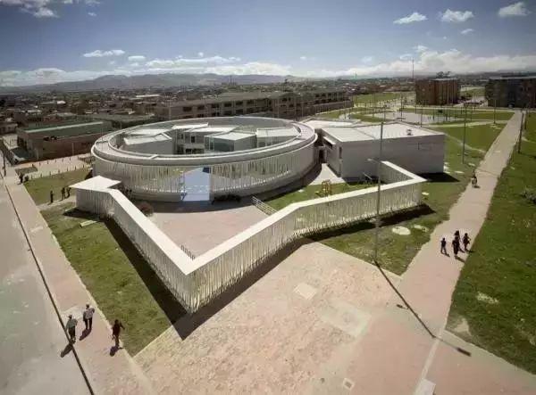 """国外幼儿园建筑设计的""""新、奇、趣、美""""说的是哪些?_7"""